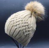 Chapéu do Beanie do inverno das mulheres com o chapéu feito malha do Beanie da pele Pompom grande para meninas