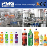 ガスの飲み物のプラスチックびんのための炭酸充填機