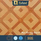Plancher en stratifié résistant gravé en relief par 8.3mm de l'eau de parquet d'érable de chêne de film publicitaire