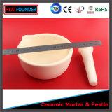 Mortero de cerámica industrial con la maja