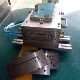 Moule à l'extrusion de profilé en plastique Moule à l'extrusion de PVC