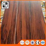 Le luxe ressemble au plancher en bois réel de vinyle de texture