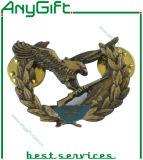 Insigne de Pin en métal avec le logo et la couleur adaptés aux besoins du client 42