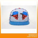 Sombreros 2016 del Snapback de Jean del bordado con su insignia