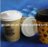 Специализированная пластичная крышка для устранимой кофейной чашки
