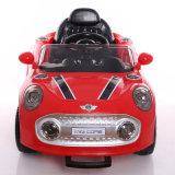 2017 Kind-Fahrt auf elektrisches Spielzeug-Plastikauto des Baby-RC