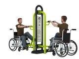 Im Freiengymnastik-Eignung-Gerät für Behinderte