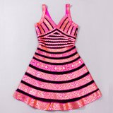 Goldfolie A - Zeile junges Mädchen-Partei-Kleid