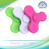 Fileur sans fil de main d'éclairage LED de jouet de personne remuante de haut-parleur de Bluetooth pour des gosses et des adultes