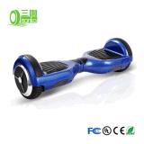 Bluetooth LEDおよびリモートの2つの車輪の電気計量器のスクーター