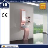 ヨーロッパの光沢の白い塗られた壁に取り付けられた浴室の虚栄心の単位