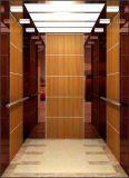 Stanza della macchina dell'elevatore del passeggero dell'ascensore per persone piccola