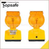 トラフィックのための4PCS LEDの太陽エネルギーの警報灯
