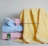 De Knappe Handdoek van Towel&Bath van het gezicht, Handdoek voor Gift wordt geplaatst die