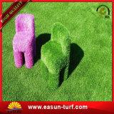 Herbe artificielle de gazon synthétique mou vert décoratif pour des résidences