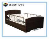(A-26) Three-Function электрическая больничная койка с деревянной головкой