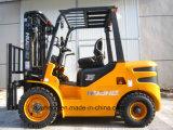 Chariot élévateur diesel 3.5Ton à moteur diesel Cummins B3.3 (moteur HH35Z-W22-D, EPA)