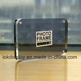 El doble echa a un lado marco de acrílico de la foto para la visualización del cuadro