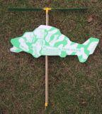 Приведенная в действие резиной игрушка плоскости вертолета пены
