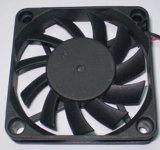Охлаждающий вентилятор для машины эфирного масла