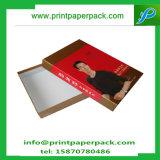 Caisse d'emballage rigide carrée gravante en relief de vêtement/cadre de papier de cadeau