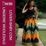 Вскользь способ женщин одевает одежды (L51216-2)