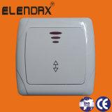 O interruptor elétrico europeu da parede 10A com indica a luz (F3101)