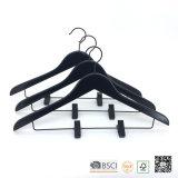 Brides de fixation en bois de cintre de procès en bois réglable noir de clips de Hh pour des jeans
