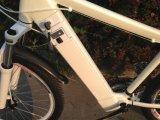 26インチの隠された電池(OKM-1375)が付いている電気マウンテンバイク
