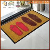 Couvre-tapis en caoutchouc mou libre d'étage de logo commercial de modèle de coutume