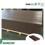 Decking extérieur imperméable à l'eau en plastique en bois composé réutilisé