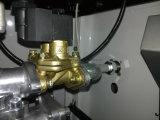 Ugelli della stazione di servizio due due visualizzazioni dell'affissione a cristalli liquidi della valvola quattro