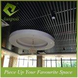 25W*100h Tegels van het Plafond van de Buis van de Decoratie van het aluminium de Vierkante voor Restaurant