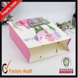Las fábricas chinas venden al por mayor los bolsos de compras hermosos modificados para requisitos particulares de la manera, bolsa de papel