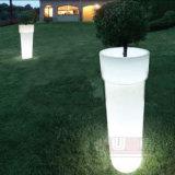 つぼの上の庭の照明のための高い植木鉢