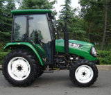 Highqualityの中間およびLarge Farm Tractor 60HP 4WD
