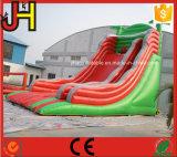 新しいデザイン子供のための膨脹可能なトレインの警備員のスライドの城の家のゲーム