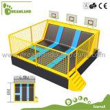 Parque de interior de gran tamaño del trampolín con el baloncesto para la venta
