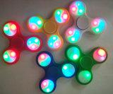 Juguetes vendedores superiores del dedo LED del girocompás de las yemas del dedo del trébol del hilandero LED de la mano del EDC