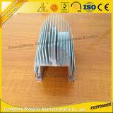 OEM de Uitdrijving van het Aluminium met de Automobiele Radiator van het Aluminium van de Lamp