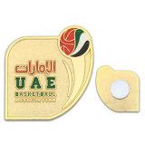 Distintivo di plastica del tasto dell'oro dello smalto con il magnete