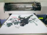 Impresora plana de la camiseta de Digitaces con sus los propios diseño