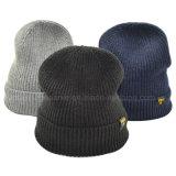 Beanies solides chauds de chapeau tricotés parhiver unisexe en gros profondément
