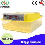 De familie gebruikte de Digitale MiniMachine van Hatcher van de Incubator van 48 Eieren