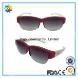 Équiper au-dessus des lunettes de soleil en verre de la lentille polarisée