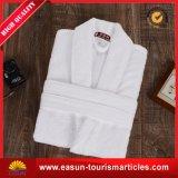 新しいデザイン卸売の浴衣の安いホテルの綿の浴衣、安いローブ