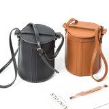 Alla moda d'avanguardia della signora di sacchetto di cuoio di Crossbody del sacchetto della benna del progettista borsa popolare