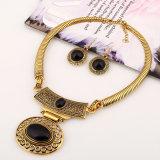 Juwelen van de Halsband van de Nauwsluitende halsketting van de Oorring van de Tegenhanger van de manier Retro Turkooise