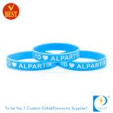 A forma personalizada barata gravou braceletes de borracha impressos