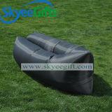 Das aufblasbarer Nichtstuer-faule Beutel-Luft-Sofa für Strand-Aktivität